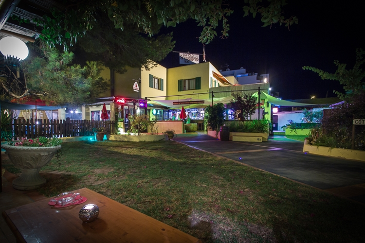 For Sale Successful Bar And Restaurant